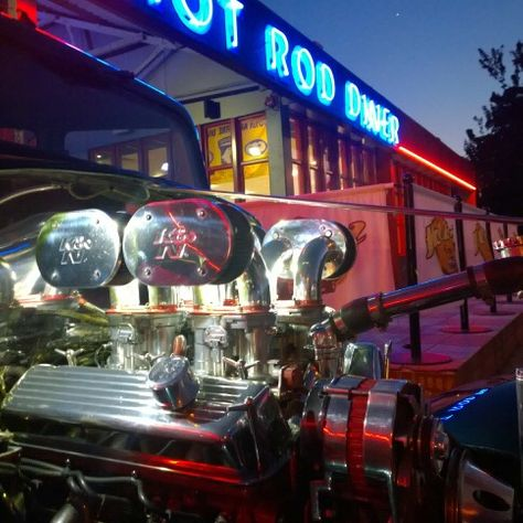 hot rod diner car and bike night